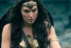 Gal Gadot Surprises Children's Hospital in Full Wonder Woman Gear